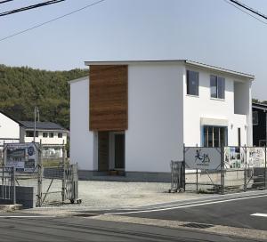 image TRETTIOモデルハウス 足場が取れました。